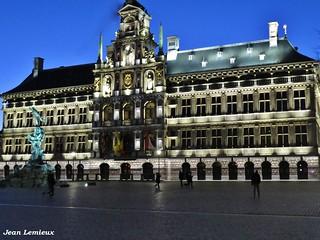 Grote Markt - Stadhuis