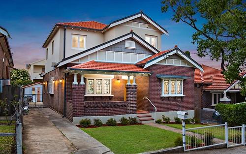 14 Holmwood Av, Strathfield South NSW 2136