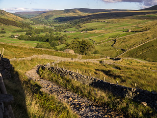Evening on the Pennine Way into Swaledale