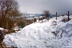 On the lane home (Missy Jussy) Tags: lane lancashire landscape beastfromtheeast uk unitedkingdom england rochdale newhey snow pylon house trees fence drystonewalls outdoor outside countryside canon canon5dmarkll 50mm ef50mmf18ll ef50mm canon50mm fantastic50mm canon5d canoneos5dmarkii