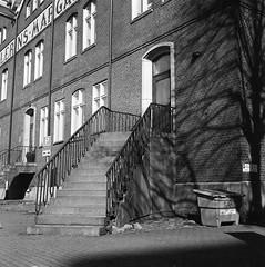Pellerins Margarin (rotabaga) Tags: sweden sverige svartvitt blackandwhite bw bwfp göteborg gothenburg lomo lomography lubitel166 twinlens fomapan mediumformat mellanformat 120