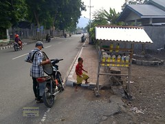 Flores Ende Pertamina Mini 20171206_074401 LG (CanadaGood) Tags: asia asean seasia indonesia indonesian nusatenggara eastnusatenggara nusatenggaratimur sundaislands flores ende people person motorcycle gasstation gasoline scooter tree building canadagood cameraphone 2017 thisdecade color colour safety whmis vehicle