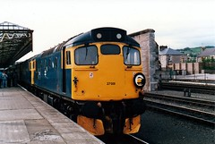 27001 & 27046 Perth (dhtulyar) Tags: teacup tiptop 27 sulzer mcrat 27001 27046 perth srps