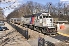 NJT train# 1003 @ Mountain Lakes (bozartproductions) Tags: mountain lakes new jersey engine transit railroad cars station