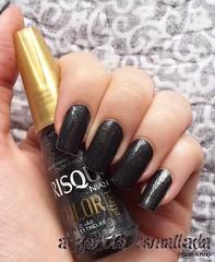 Esmalte Chão de Estrelas, da Risqué. (A Garota Esmaltada) Tags: agarotaesmaltada unhas esmaltes nails nailpolish manicure preto black gritter brilho chãodeestrelas risqué coloreffect