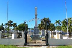 Key West (Florida) Trip 2017 0169Ri 4x6 7511Ri 4x6 (edgarandron - Busy!) Tags: florida keys floridakeys keywest keywestcemetery cemetery cemeteries grave graves