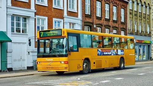 sporveje-00391 (Linie 7, Rutebilstation, 26.4.10)P1090334_Balancer