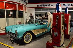 1957 Chevy Corvette (Chad Horwedel) Tags: 1957chevycorvette chevycorvette chevy chevrolet corvette classic car corvettemuseum bowlinggreen