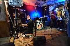 DSC_0083 (richardclarkephotos) Tags: tim bish joey luca © richard clarke photos derellas three horseshoes bradford avon wiltshire uk lone sharks guitar bass drums guitarist drummer bassist band bands live music punk