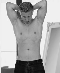 (felix-1997) Tags: guy dude lad male boy shirtless body black white portrait hair muscles abs handsome hot sexy