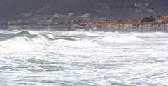 Cilento il mare in casa (52picchio) Tags: 2018 aprile explore explored fluidrexplored fluidr flickr flickrclickx flickrnova campania canoneos60d canon cilento castellabate wind wave ondata onde onda azzurromare primavera italie