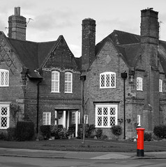 Port Sunlight Postbox (jimmedia) Tags: port sunlight wirral levers architecture historical post red traditional leverhulme mail road windows blacl black