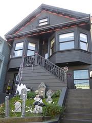 San Francisco, CA, Noe Valley, Halloween Bedecked Victorian House (Mary Warren 13.5+ Million Views) Tags: sanfranciscoca noevalley architecture building house residence victorian halloween decorations stairs