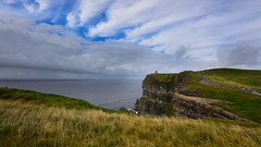 Clifs of Moher - Irlanda (Fernando Varge) Tags: clifs ierland irlanda europe dublin nature travels ocean altura sky fernandovarge