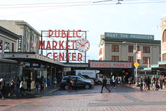 IMG_5444 (avsfan1321) Tags: seattle washington washingtonstate usa unitedstates unitedstatesofamerica pikeplace fishmarket sign neon