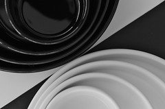 Opposites attract (© mpg) Tags: mpg2018 flickrfriday roundshapes bw round circles blackwhite