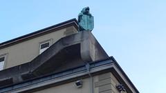 Salzburg, lion statue on top of Haus für Mozart [28.08.2014] (b16aug) Tags: geo:lat=4779828057 geo:lon=1304276943 geotagged altstadt austria aut salzburg