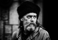 Galway noir (Frank Fullard) Tags: frankfullard fullard beard monochrome blackandwhite hat cap dark blanc noir galway irish ireland face shadows shade