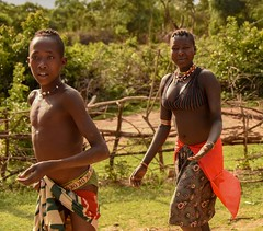 Banna Tribe (Rod Waddington) Tags: africa african afrique afrika äthiopien ethiopia ethiopian ethnic etiopia ethnicity ethiopie etiopian omovalley omo outdoor omoriver banna tribe traditional tribal culture cultural group people outdoors woman boy