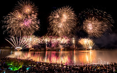 Skyfire 2018 (Howie44) Tags: fireworks spectactular night nightphotography colour lakeburleygriffin canberra festival crowd spectators waterreflections