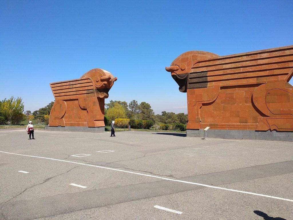 voyage eurasia roads