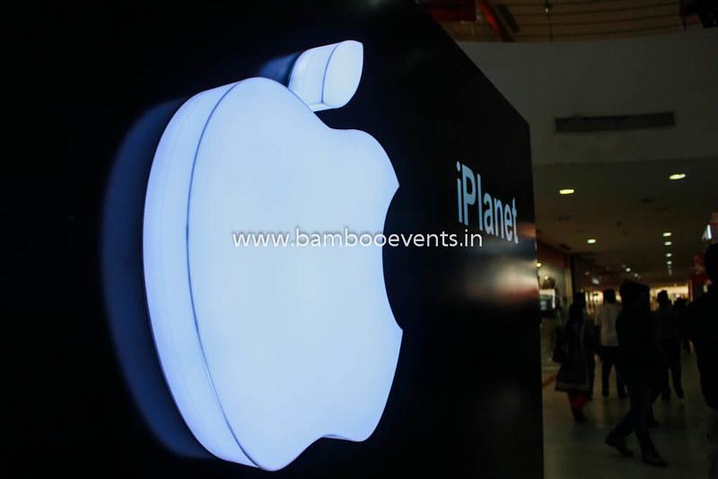 Apple I-phone Launch