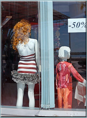 les vitrines d'Agadir (mhobl) Tags: agadir fenetre schaufenster vitrine mannequin mode streifen puppen maroc morocco