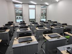 PC教室(前方より)