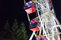 Fremantle Wheel 🇦🇺 (avaughan585) Tags: fremantle wheel ferris night lights colours light australia western fairground carnival park trees red ride tree green white circle fun travel perth orion stars constellation circles