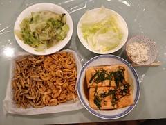 Julia's sous-vide salmon, leftover whitebait and school prawns, lettuce (avlxyz) Tags: fb rice dinnerathome quinoa jasminerice salmon fish sousvide ginger soysauce springonion scallions