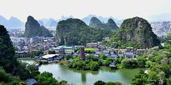 Guilin City (Awayfrom Tokyo) Tags: green guilin city lake