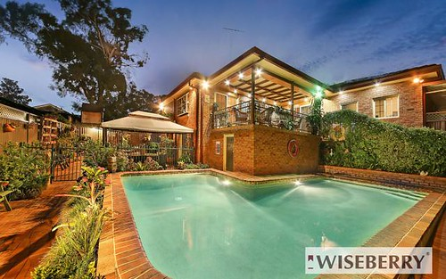 22 Yvonne Cr, Georges Hall NSW 2198