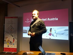 """MeetUp Linz 19.03.2018 • <a style=""""font-size:0.8em;"""" href=""""http://www.flickr.com/photos/146381601@N07/40042153085/"""" target=""""_blank"""">View on Flickr</a>"""