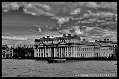 Royal old Navy College (NNJHA1971) Tags: httpswwwflickrcomphotosnnjha1971 nandan blackandwhite bw royalcollege navycollege greenwich building historicalbuildings architecture history river thames