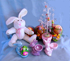 Easter 2018 (M.P.N.texan) Tags: easter decor decorations rabbit bunny bunnies ceramic papermache egg eggs germaneggs vintage plush toy collection