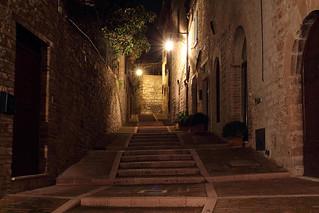Una passeggiata serale per Assisi - An evening walk in Assisi