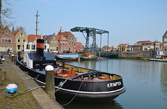 Krimpen, sleepboothaven Maassluis (Hugo Sluimer) Tags: sleepboot sleepboothaven maassluis nederland zuidholland holland nederlands portofrotterdam port haven nlrtm onzehaven