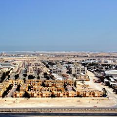 Doha, Qatar (pom'.) Tags: canoneos400ddigital february 2008 doha qatar fromamovingvehicle fromaplane aerialview arabianpeninsula arabpeninsula asia desert arabiandesert 100 200 5000
