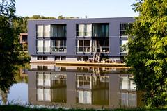 _DSC0885 (durr-architect) Tags: almere modern housing lake water statue art light