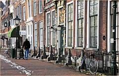 Havenplein, Zierikzee, Schouwen-Duiveland, Zeelande, Nederland (claude lina) Tags: claudelina nederland hollande paysbas zeeland zierikzee zeelande architecture maisons houses
