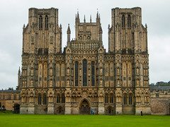 Wells Cathedral (Rui Nunеs) Tags: wells cathedral church cathedralcity civilparish mendips mendip somerset england cathedralchurchofsaintandrew anglican medieval gothic uk unitedkingdom