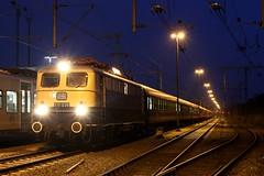 E10 1239 in kobaltblauw / beige met de trein van Eisenbahn freunde Witten te Bad Bentheim (daniel_de_vries01) Tags: e10 1239 kobaltblauw beige met de trein van eisenbahn freunde witten te bad bentheim