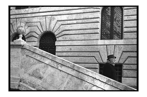 Portrait of a roman painter, Rome, leica iii summaron 35 f3,5