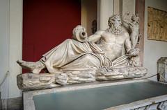 Statue eines Flussgottes (Arno) (Markus Wollny) Tags: city vatikan rom cittàdelvaticano vatikanstadt it