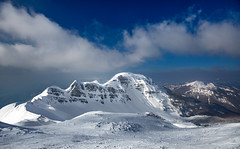 Nature, pure nature (Alessandro Iaquinta) Tags: landscape snow wideangle picoftheday adventure trip nature dslr canon italy dsrl fullframe appennino cold colours f16