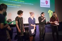Die IW Jury vergibt den Kurzfilmpreis des Bayerischen Rundfunks an ...