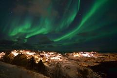(Skiwalker79) Tags: reine lofoten norway norvegia isolelofoten lofotenislands auroraboreale auroraborealis nikond5100 d5100 nikon landscape