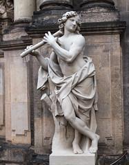 Flötenspieler (wpt1967) Tags: canon50mm dresden eos6d kunst ostern2018 skulptur statue zwinger art wpt1967