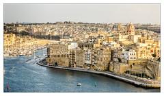 Malta; Postcardshot (drasphotography) Tags: malta mediterranean sea three cities harbour senglea vittoriosa waterfront travel travelphotography reise reisefotografie drasphotography hafen mittelmeer postcard postcardshot