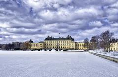 Drottningholm (daniel.gogberg) Tags: drottningholm stockholm sweden sverige fuji fujixpro2 xpro2 xpro fujifilm fujinon primes primelenses clouds sky winter vinter